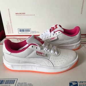 NEW Puma California Leather Sneakers
